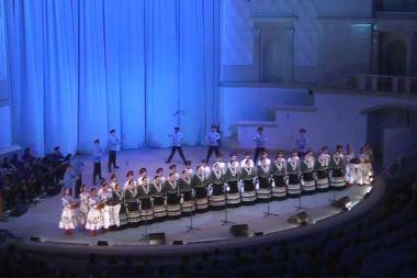 """Фильм - концерт """"В едином песенном строю"""""""